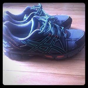 Asics gel Kahana green orange trail run shoe 9.5